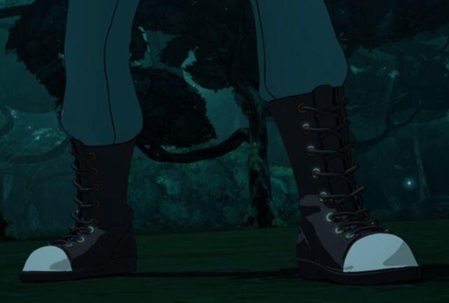 File:Front Foot Forward.jpg