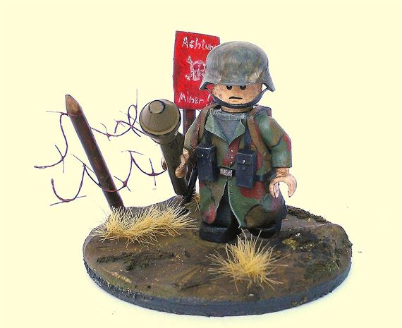 File:World-War-2-German-Soldier-Custom-Minifigure.jpg