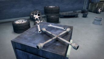 Donnie's - Interior in Saints Row 2 - tools up close