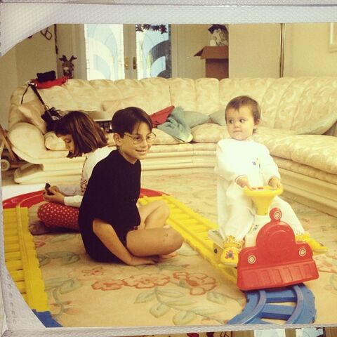 File:Ariana as a baby and Frankie as Harry Potter.jpg