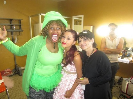 File:Ariana, Joan and GloZell.jpg