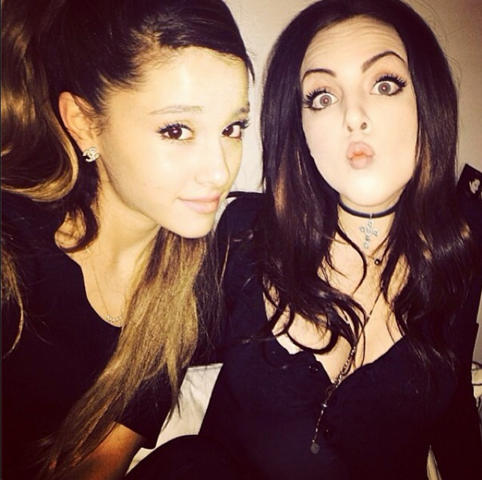 File:Ariana Grande and Liz Gillies.png
