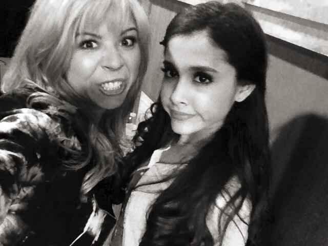 File:Ariana and Jennette April 29, 2013.jpg