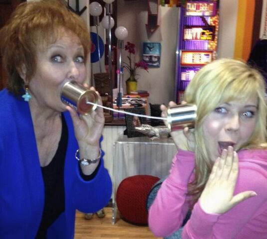 File:Maree and Jennette playing with can telephones.jpg