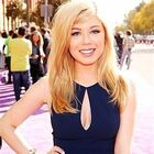 Jennette in her KCA dress 2013
