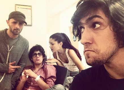 File:Ariana at the ER with Matt Bennett and others.jpg