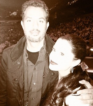 File:Ariana with Guy Oseary before the Madonna show.jpg
