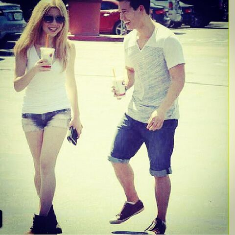 File:Jennette and Colton June 28, 2013.jpg