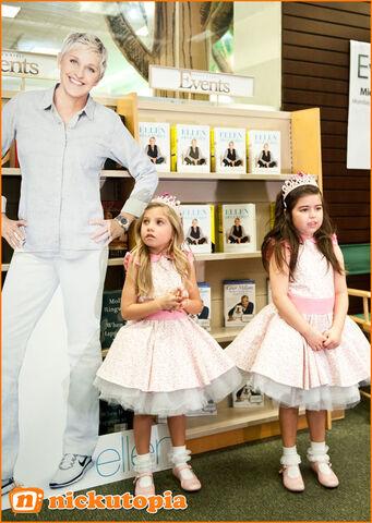 File:Sophia and Rosie with Ellen.jpg