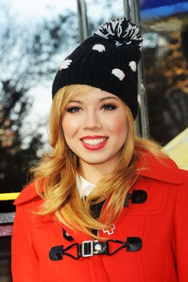 File:Jennette Dec 6, 2012.jpg