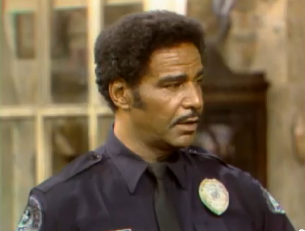File:Officer Jones.png