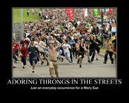 Motiv - mary sue adoring throngs