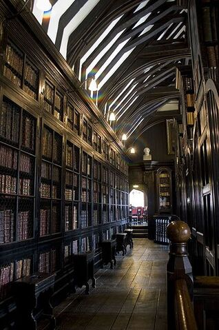 File:Chethams library.jpg