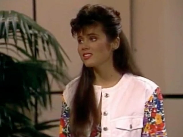 File:S3 Ep 23 - 17 kelly.png