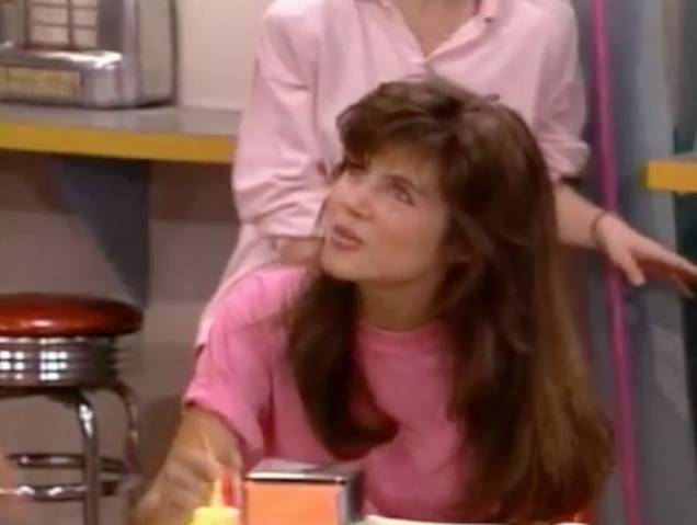 File:S1 -Ep 4 -19 kelly.png