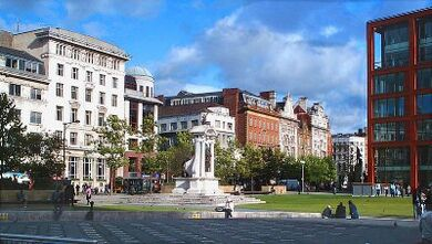 Piccadilly Gardens, Manchester1