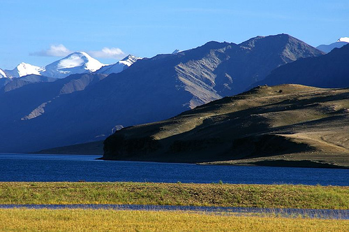 File:Lake Tso Moriri, Ladakh.jpg