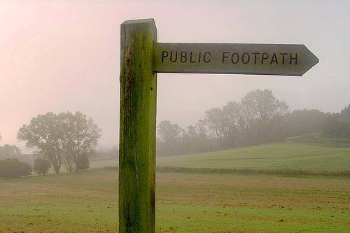 File:Public Footpath.jpg