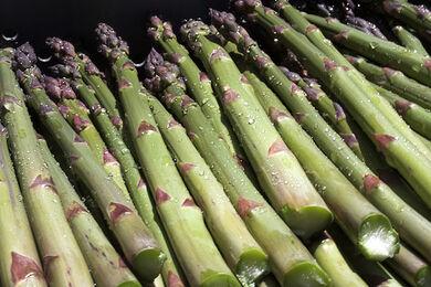 Asparagus wet