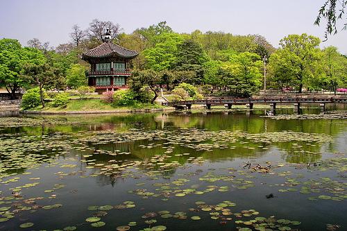 File:Hyangwonjong in spring.jpg