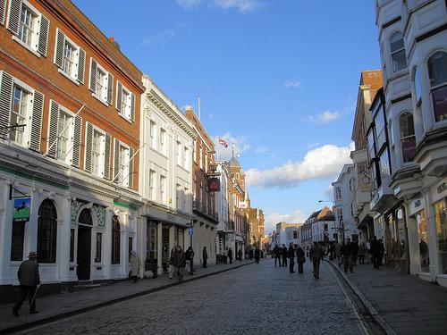 File:Guildford High Street, UK.jpg