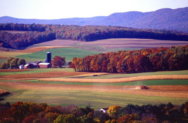 File:Farming near Klingerstown, Pennsylvania.jpg