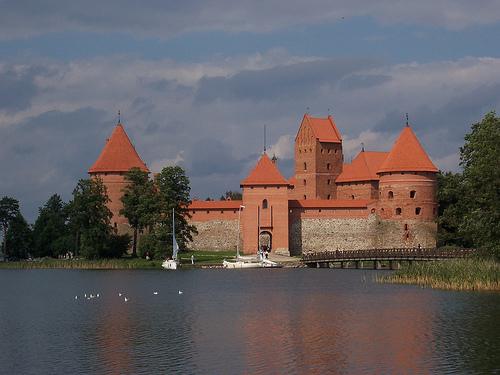 File:Trakai, Lithuania- Island Castle.jpg