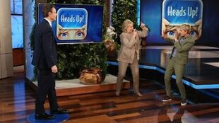 Ellen, Hillary Clinton & Tony Goldwyn Play 'Heads Up!'