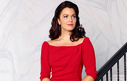 File:Season 4 Cast Promos - Bellamy as Mellie 01.jpg