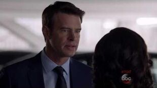 "Olivia and Jake Scandal 5x21 ""I'll save you"