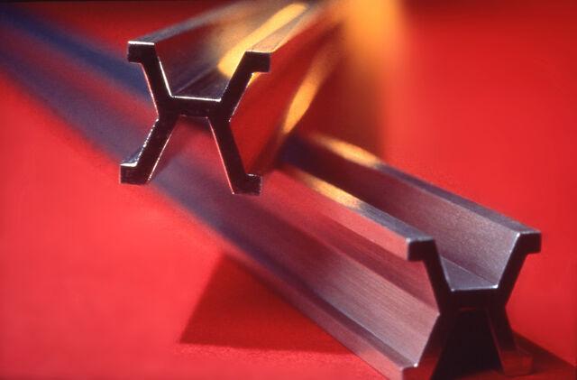 File:Platinum-Iridium meter bar.jpg