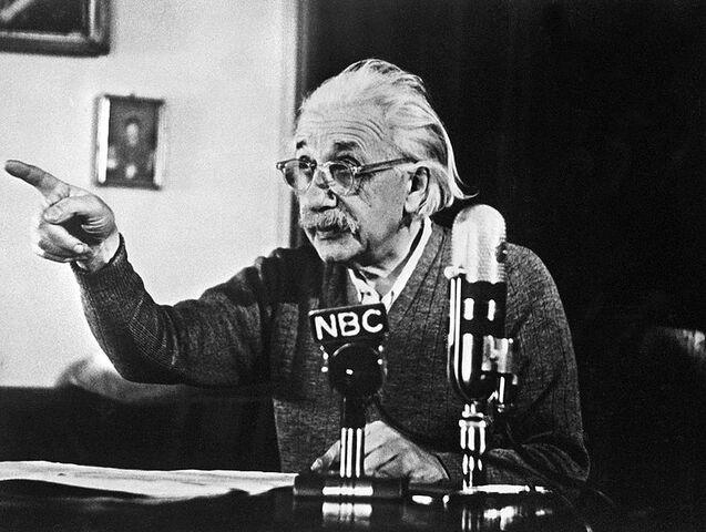 File:795px-Albert Einstein declares his opposition to the atomic bomb-1-.jpg