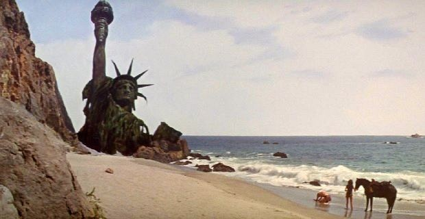 File:Planet-of-the-Apes-statue-of-liberty.jpg