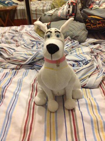 File:Scooby-Dee Plush doll.jpg