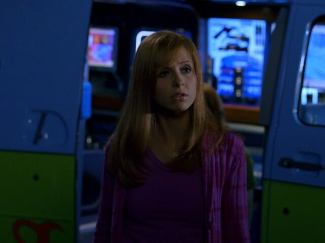 File:Sarah-in-Scooby-Doo-2-Monsters-Unleashed-sarah-michelle-gellar-15781061-720-540.jpg
