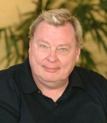 File:Larry Drake.jpg