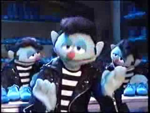 File:The Elvises from Muppet Classic Theater VHS Preview.jpeg