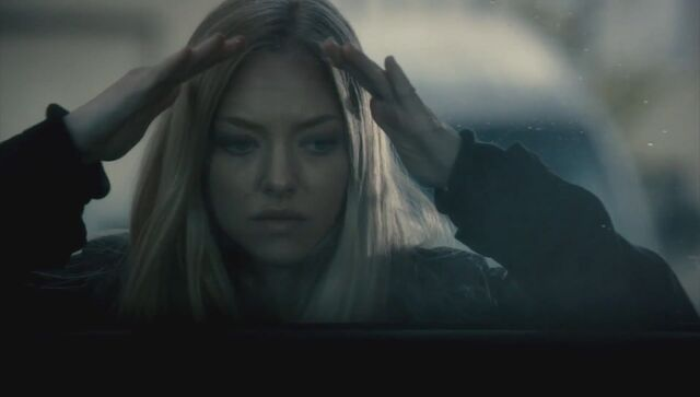 File:Amanda Seyfried as Jill Conway (from Gone (2012)).jpg