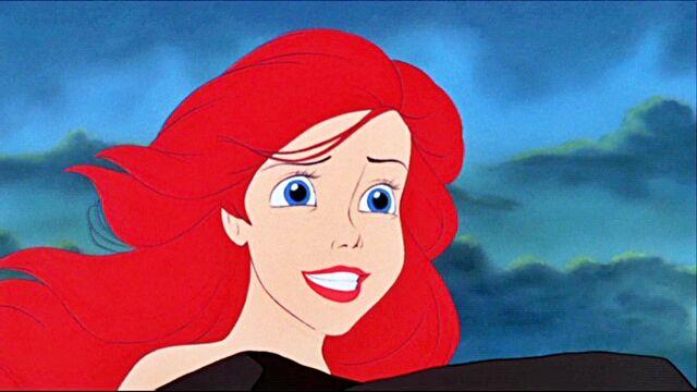 File:Ariel Singing.jpg