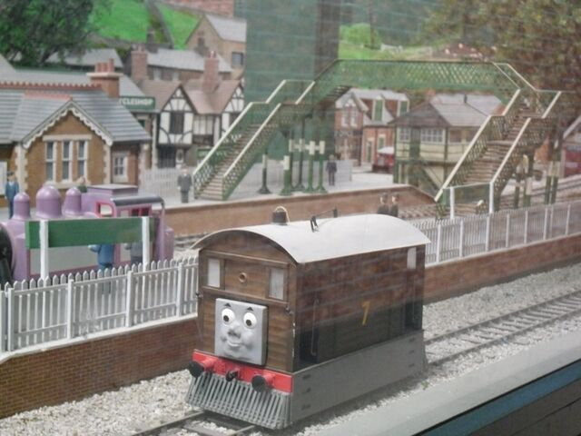 File:Toby at Drayton Manor.jpg