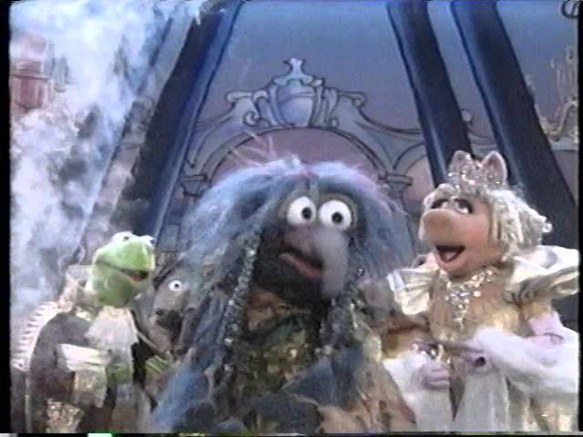 File:Kermit, Miss Piggy and Gonzo from Muppet Classic Theatre Preview.jpg