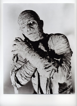 File:10101643A~Boris-Karloff-The-Mummy-Posters.jpg