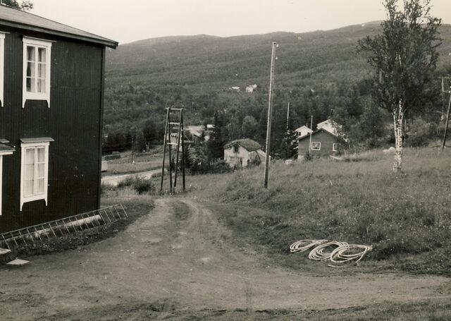 File:Lauveng 60-tallet Karl-Odd Karlsen2.jpg