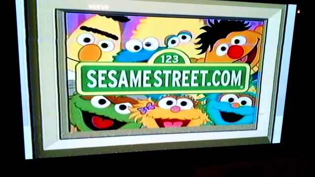 File:Sesame Street Website Promo (Elmo).jpeg