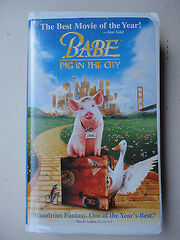 Babe-Pig-in-the-City-VHS1999ClamShell-Children