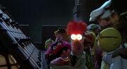 Great-muppet-caper-disneyscreencaps.com-10358