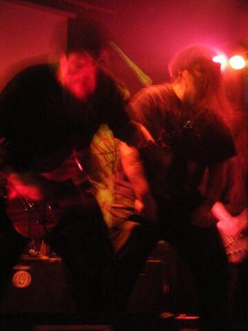 File:Demonic posessed guitarists face.jpg