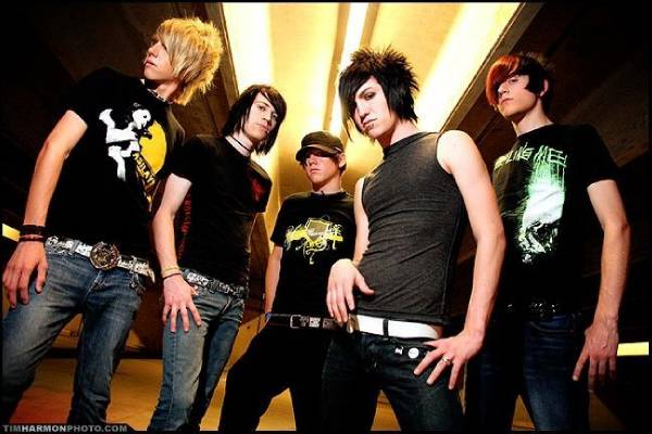 File:Blessthefall12.png