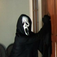 File:Ghostface-Scream-2-scream-22094880-200-200.jpg