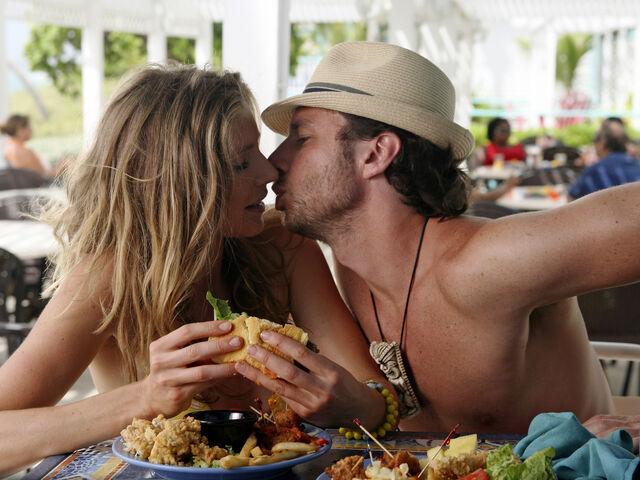 File:8x14 JD Elliot kissing.jpg